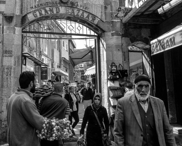 Bazaar old man (1 of 1)