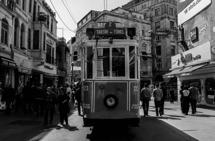 Taksim trolley bw (1 of 1)